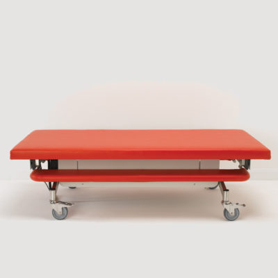 Mobile_Changing_Bench_Red