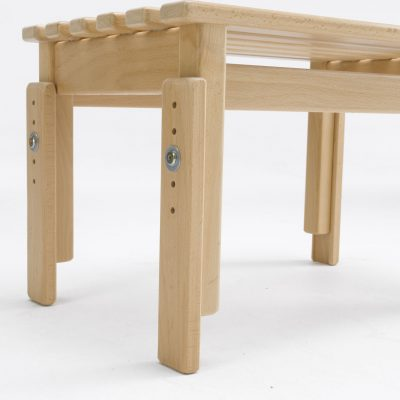 slatted stool out riggers